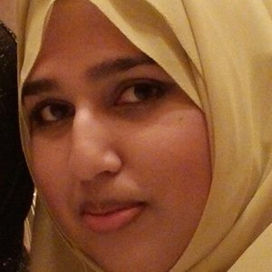 Sarah - Ottawa,Ontario : Mother tongue Urdu speaker willing