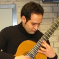 Concert Classical Guitarist with more than 12 years of teaching experience available at your place or mine!