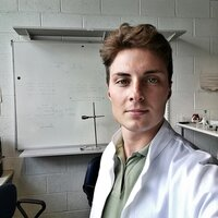 CTF student gives private lessons in disciplines such as general and inorganic chemistry, organic, galenic, etc.