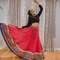 Dance enthusiast teaching Bollywood & Indian Dance Classes for all ages in Toronto
