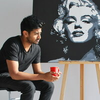 Design and Media student gives lessons in fine art and painting in Toronto