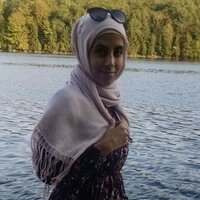Experienced Arabic Tutor , Arabic is my native language and I Love to teach it , English as second language ,have a bachelor's degree in computer science , and I'm studying  teaching Arabic as a seco
