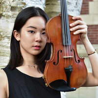 Experienced classical violinist offers private lessons for students of all ages and levels with engaging teaching style. (in English or Mandarin)