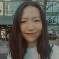 Linguistics and English/Chinese Translations student gives Chinese classes for students in Toronto