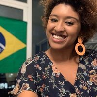 Lovely Brazilian Teacher with large experience in teaching Portuguese and English language