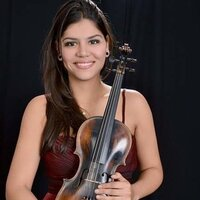 Master's student gives violin lessons for all ages (over 10 years of experience teaching)