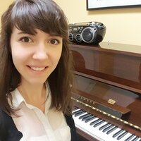 Music graduate student offering in-home piano, theory or oboe lessons in Montreal