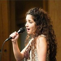 Professional Singer with 8 Years Teaching Experience Offering Private or Group Voice Lessons