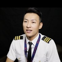 Tutor Chinese Native Mandarin Speaker working as a Flight Instructor in Ottawa